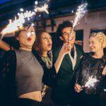 So wird Silvester weltweit gefeiert: Von roter Unterwäsche bis Asche im Champagner