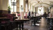 Café Eiles interior