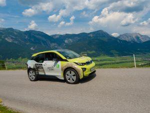 """In Schladming-Dachstein können Urlauber die Vorzüge der Region ab sofort auch mit einem elektrobetriebenen """"Genussmobil"""" erfahren (c) Rene Strasser"""