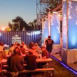 Bier und Musik im Hopfengarten