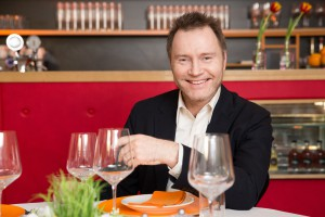 BILD zu OTS - Gastrokritiker Florian Holzer