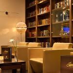 Fleming's Hotels Wien unterstützen Kinderhospiz Netz mit Flohmarktstand
