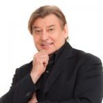 Neo-Schlossherr Reinhard Gerer lädt zur Dinnershow